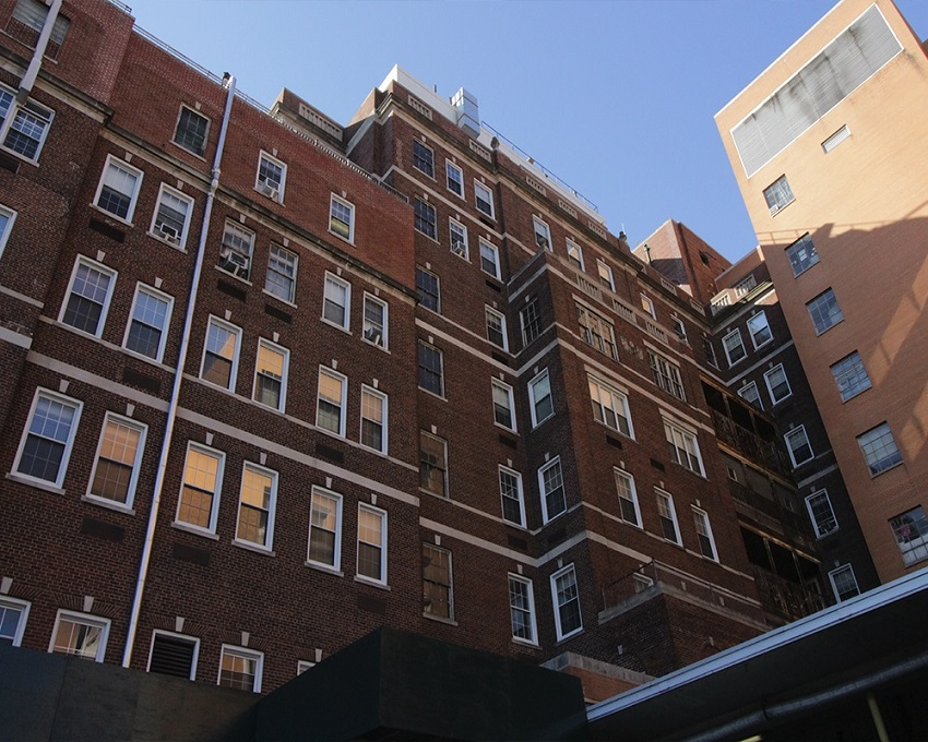 Structural Engineer / Facade Restoration / St. Barnabas Hospital / Bronx, NY / Hospital wing, vertical shot / O'Donnell & Naccarato